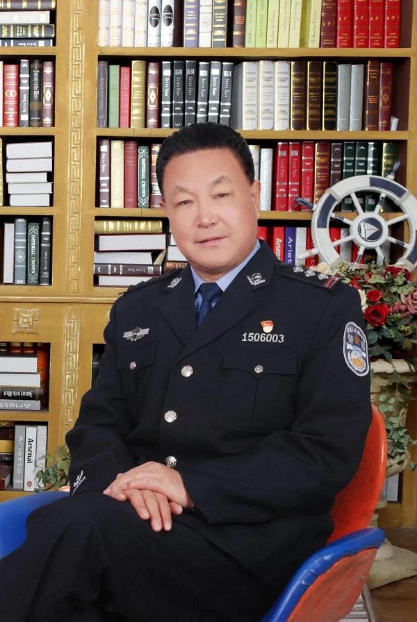 内蒙古自治区***管理局:《我们是光荣的***人民警察》